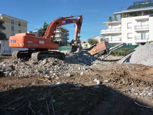 broyeur pour recyclage et broyage sur vos chantiers antibes,cannes grasse, 06,83,PACA